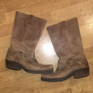 BP Leather Harness Boots Tan